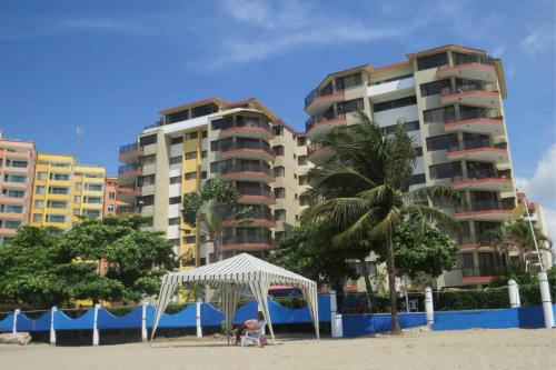 . Tonsupa Playa Almendro resort 12camas