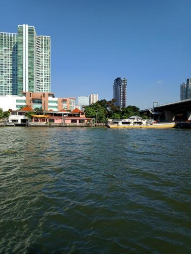 Baan Sathorn Riverfront photo 68