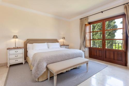 Superior Double Room Son Julia Country House Hotel 11