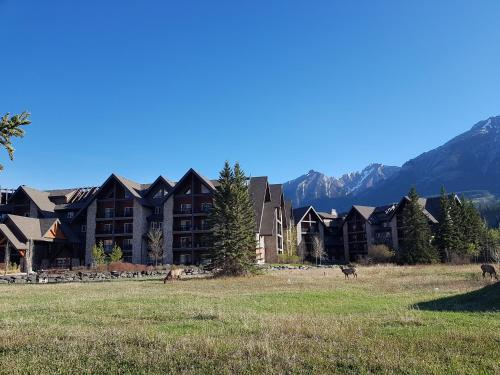 Paradise Resort Club and Spa - Hotel - Canmore