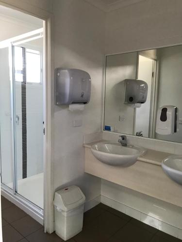 Budget Studio with Shared Bathroom