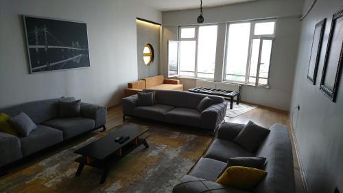 Bursa CONCEPT Home&Suit (234) tatil