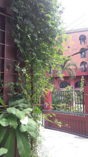 Baankhunmae Apartment photo 17