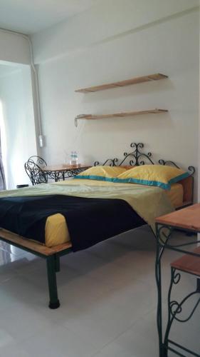 Baankhunmae Apartment photo 20