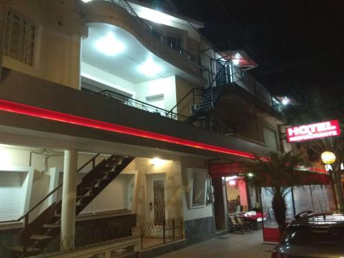 . Petit Rivera Hotel