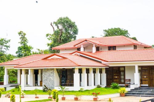 . Riyavar Luxury Homestay