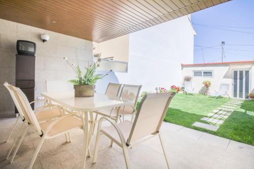 Cozy Stay - Foz Garden House, Porto