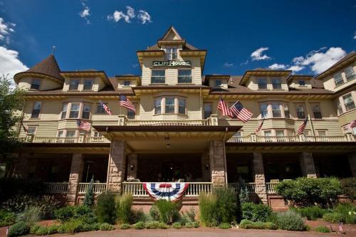 306 Canon Avenue, Manitou Springs, Colorado 80829, United States.