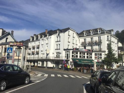 . Hotel Bouillon