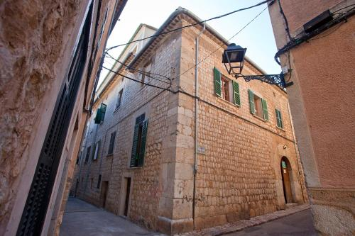 Carrer de Moragues 1, Sóller, Majorca.