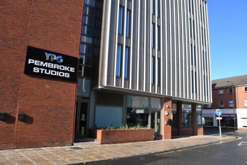 Pembroke Studios (B&B)