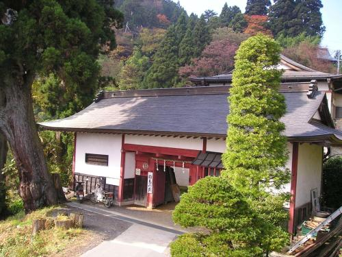 Shukubo Komadori-Sanso - Ome