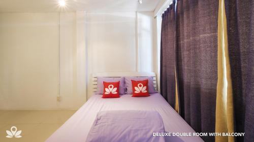 ZEN Rooms Bangkok Hub photo 22