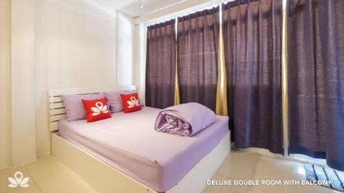 ZEN Rooms Bangkok Hub photo 23