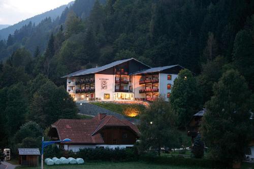 Hotel Garni Sonnblick Bad Kleinkirchheim