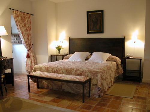Habitación Doble Confort Hotel Puerta de la Luna 6