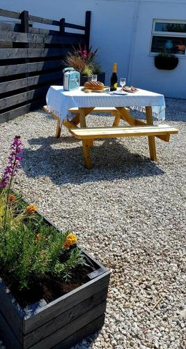 Higherwell Farm Holiday Cottage, Perranporth, Cornwall