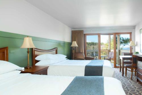 Ocean Gate Resort - West Southport, ME 04576
