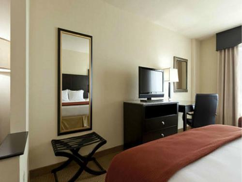 Holiday Inn Express-International Drive - Orlando, FL FL 32819