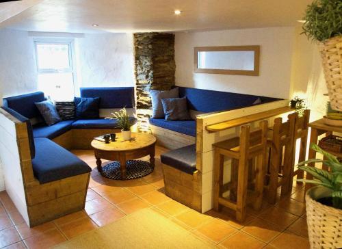 Base Surf Lodge, Crantock, Cornwall