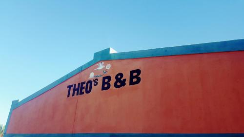Theo's Self-Catering