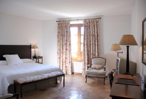 Dreibettzimmer Hotel Puerta de la Luna 9