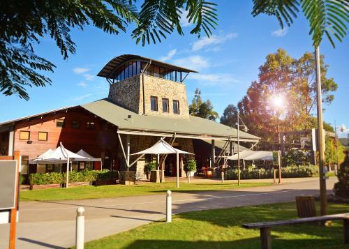 850-938 Mount Cotton Rd, Mount Cotton, QLD 4165, Australia.