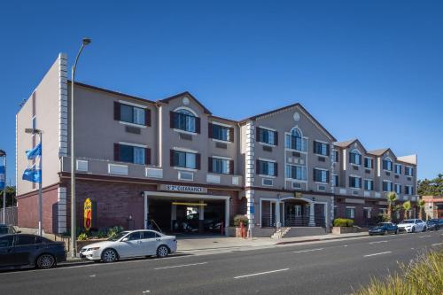 Super 8 by Wyndham San Bruno /SF Intl Arpt West - San Bruno, CA CA 94066