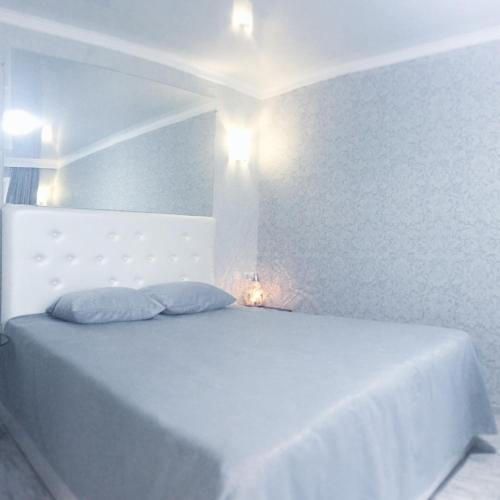 . NEW Super Sunny & Bright Apartment KHERSON CENTER
