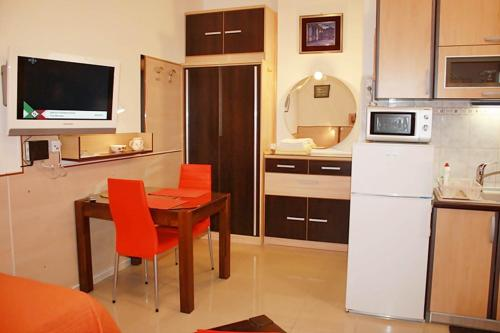 Cro Split Apartments