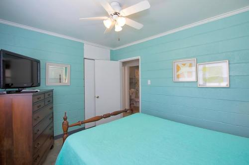 Lyons Beach Bliss - Downstairs - 3 Bedroom
