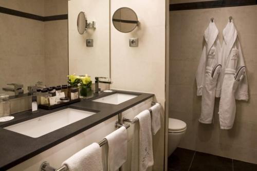 Majestic Hotel & Spa Barcelona GL photo 81
