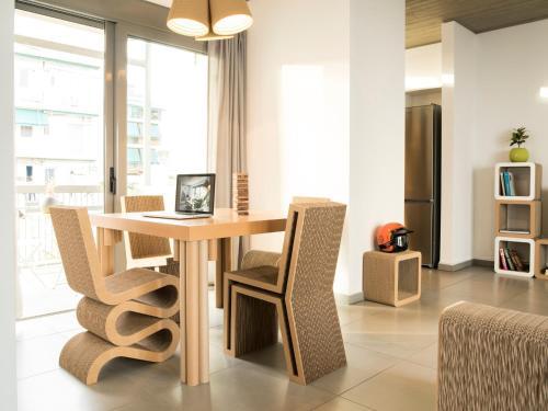Papercutshome lounge/Eco/experience 80 sqm