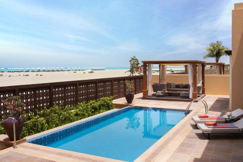 Saadiyat Rotana Resort and Villas photo 21