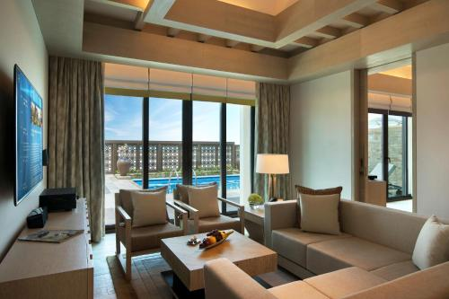Saadiyat Rotana Resort and Villas photo 18