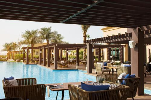 Saadiyat Rotana Resort and Villas photo 10