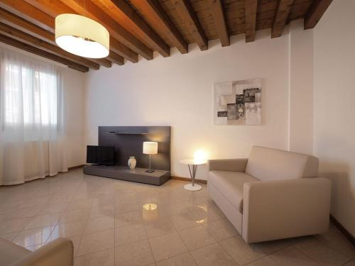 Cannaregio - Venice Style Apartments - image 6