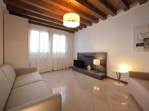 Cannaregio - Venice Style Apartments - image 8