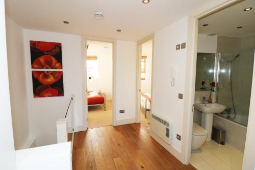 Sunshine Apartments - Camden Town.  Foto 20