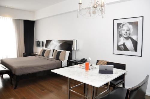 Broadway Hotel & Suites photo 47