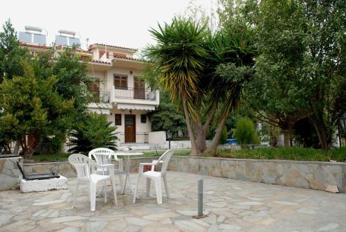 . Stathopoulos Apartments