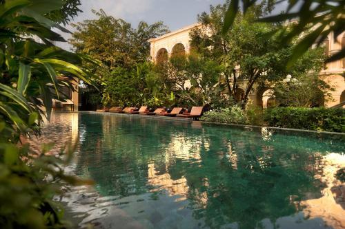 757/1 Somdej Prakinklao Soi 2 Khwaeng Bang Yi Khan, Bangkok Krung Thep Maha Nakhon 10700, Thailand.