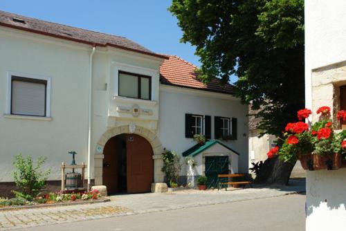 . Winzerzimmer - Weingut Tinhof