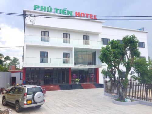 . Phu Tien Hotel