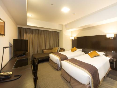 Deluxe Twin Room (1 Adult)
