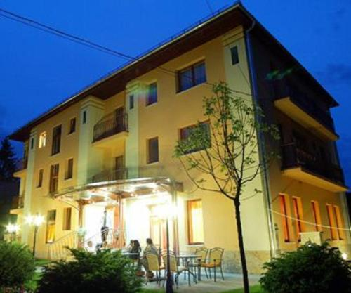. Hotel Anna Superior