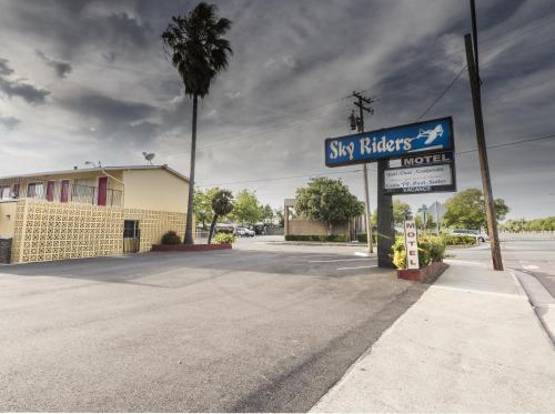 Hotel Sky Riders Motel