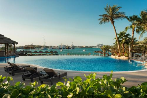 Le Meridien Mina Seyahi Beach Resort & Marina photo 46