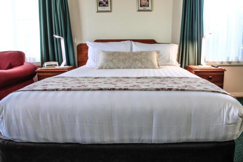 Maynestay Motel photo 2