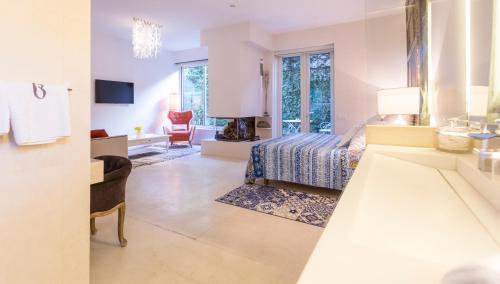 Suite exclusiva con chimenea privada Boutique Hotel Spa Calma Blanca 8